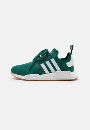 NMD R1 UNISEX - Matalavartiset tennarit - collegiate green/footwear white