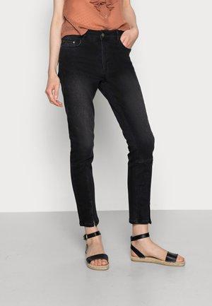 ANIMA  - Slim fit jeans - black washed denim