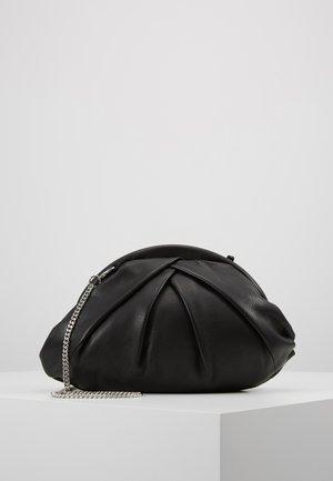 SAKI - Clutch - black