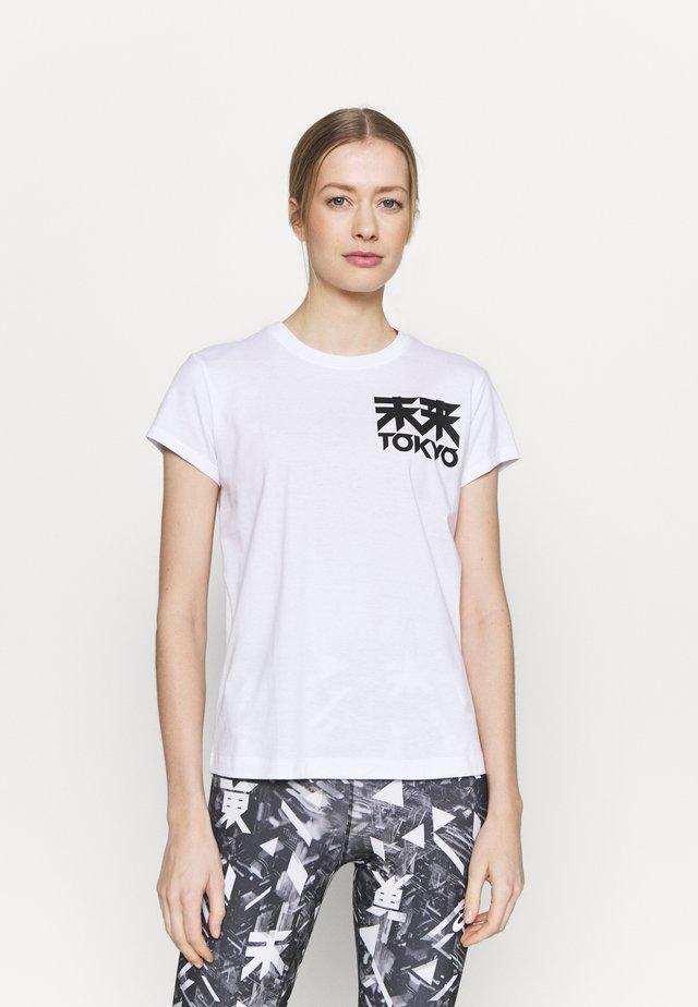FUTURE TOKYO TEE - T-shirt print - brilliant white