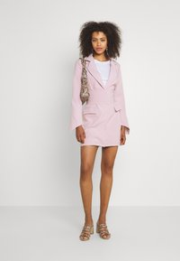 Missguided - TIE WAIST DRESS - Shift dress - baby pink - 1