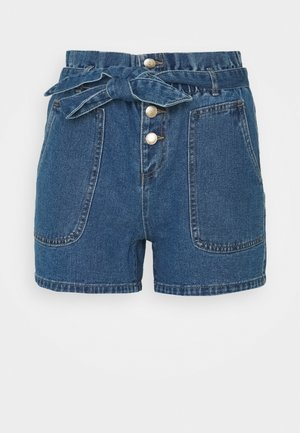 ONLJUDY LIFE BELT  - Denim shorts - medium blue denim