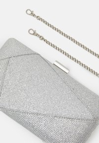 Forever New - ELLA PANELLED SMALL - Pochette - silver-coloured - 3