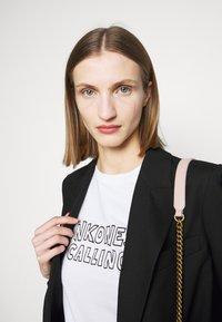 Pinko - ESTIMO - T-shirt imprimé - radiant white - 3