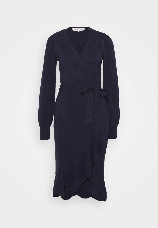 KENNEDY - Stickad klänning - new navy