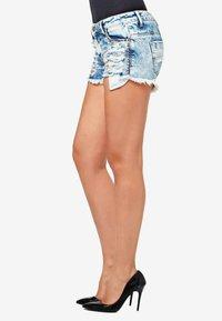 Cipo & Baxx - Denim shorts - iceblue - 3