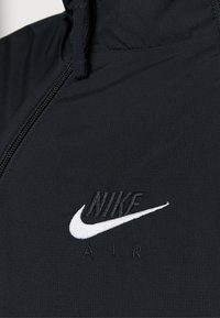 Nike Sportswear - AIR - Vindjacka - black/white - 7