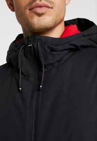 Tommy Hilfiger - STRETCH ANORAK - Light jacket - black - 5