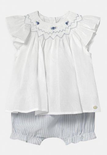 ENSEMBLECOURT SET - Shorts - blanc