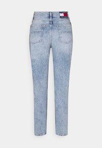 Tommy Jeans - IZZY SLIM ANKLE  - Slim fit jeans - light-blue denim - 1