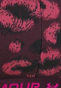 Under Armour - CROSSBACK LOW PRINT - Brassières de sport à maintien léger - polaris purple - 5