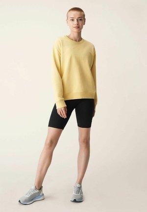 Sweater - straw