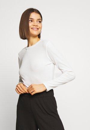 JDYKISSA  - Camiseta de manga larga - cloud dancer