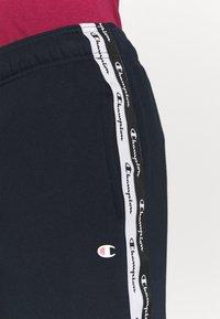 Champion - CUFF PANTS - Teplákové kalhoty - dark blue - 4