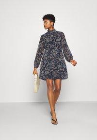 Vero Moda - VMVILDE SHORT DRESS - Day dress - navy blazer - 1