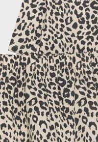 Cotton On - BUNDLE BIB SET - Leggings - Trousers - caramel - 3
