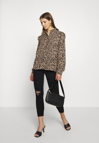 b.young - BXJULA - Button-down blouse - golden sand combi - 1