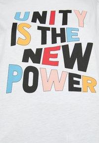 Claudie Pierlot - TRISTAN - Print T-shirt - white - 4