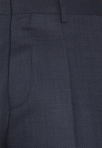 HUGO - ARTI HESTEN - Completo - dark blue - 9
