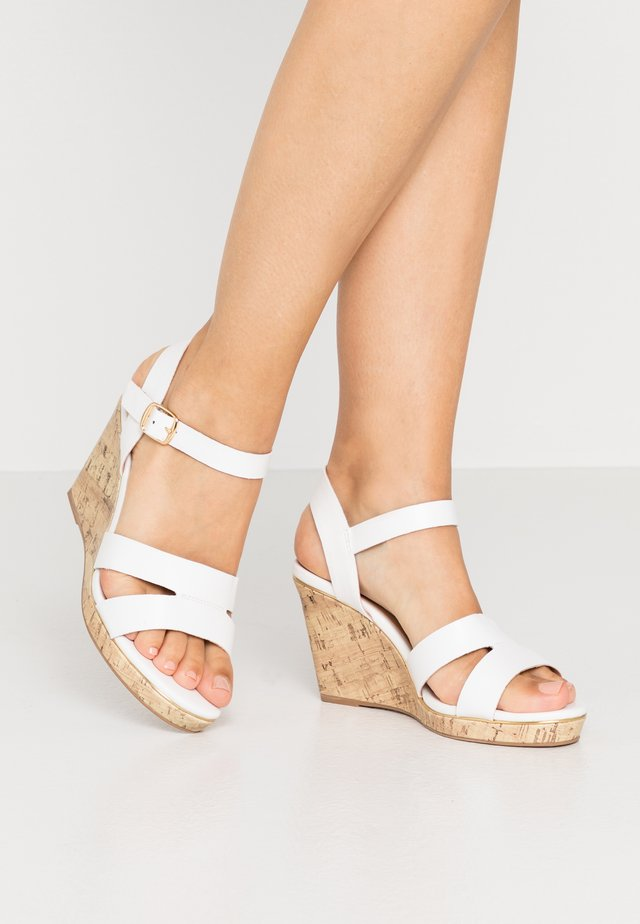 WIDE FIT POSSUM WEDGE - High heeled sandals - white