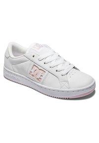 DC Shoes - STRIKER - Baskets basses - white pink - 1