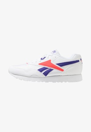 RAPIDE - Zapatillas - white/team purple/neon red