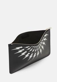 Neil Barrett - THUNDERBOLT FAIRISLE - Laptop bag - black/white - 4