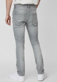 Marc O'Polo DENIM - VIDAR  - Slim fit jeans - grey - 2