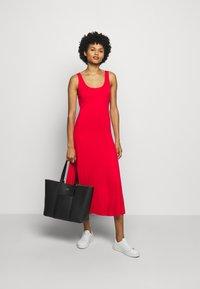Polo Ralph Lauren - SLEEVELESS CASUAL DRESS - Žerzejové šaty - african red - 1