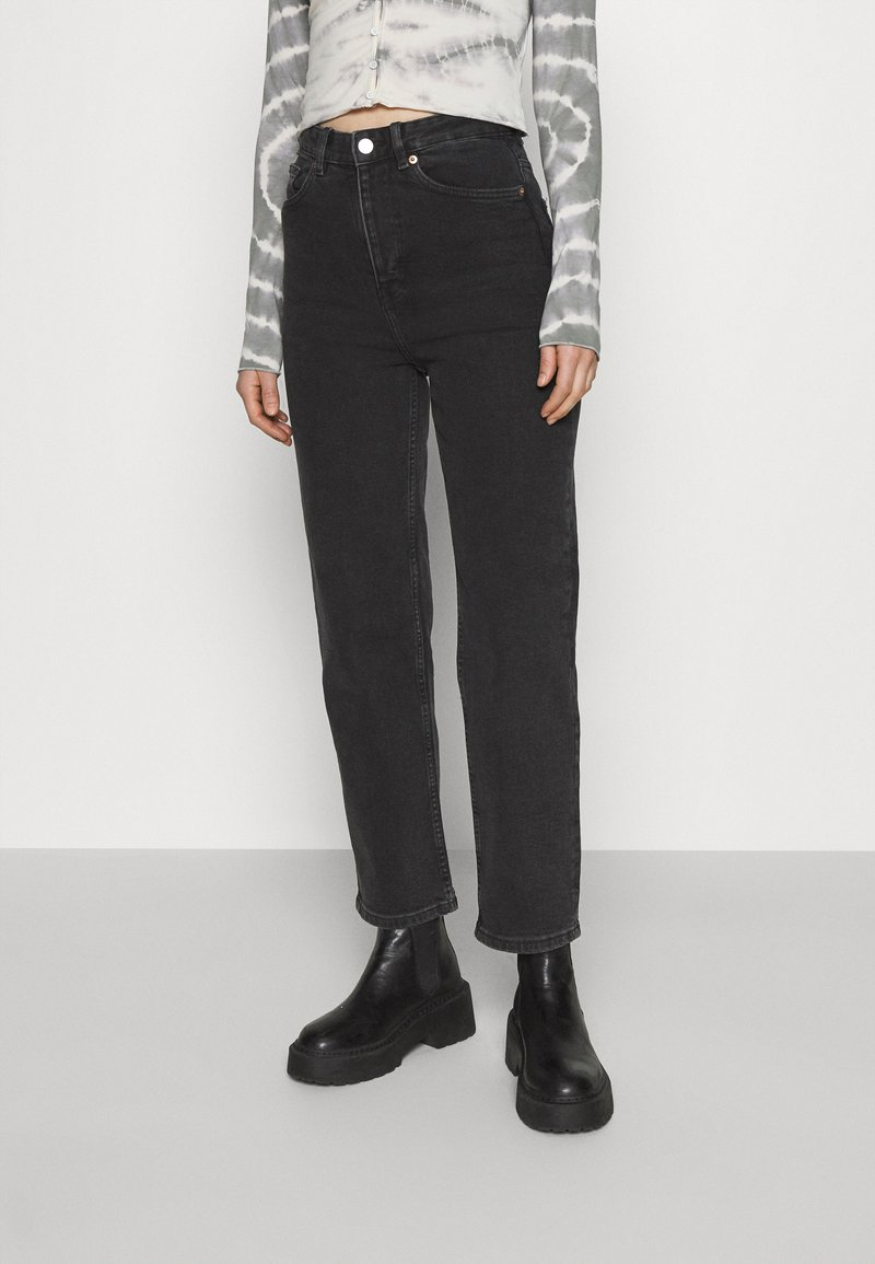Monki - ZAMI WASHED  - Straight leg -farkut - black dark