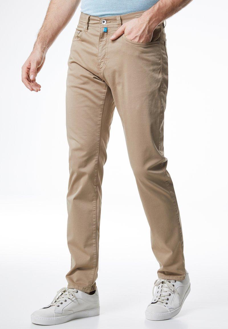 Pierre Cardin - LYON - Slim fit jeans - beige