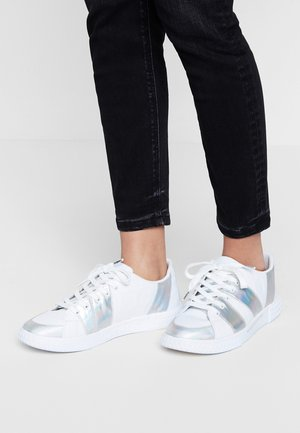 COMET - Trainers - white