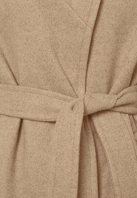 Dorothy Perkins Petite - FUNNEL COLLAR BELTED COAT - Classic coat - camel - 5