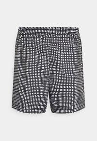 Nike Sportswear - FLOW GRID - Shorts - black/white - 6