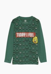 LEGO Wear - Langærmede T-shirts - dark green - 0