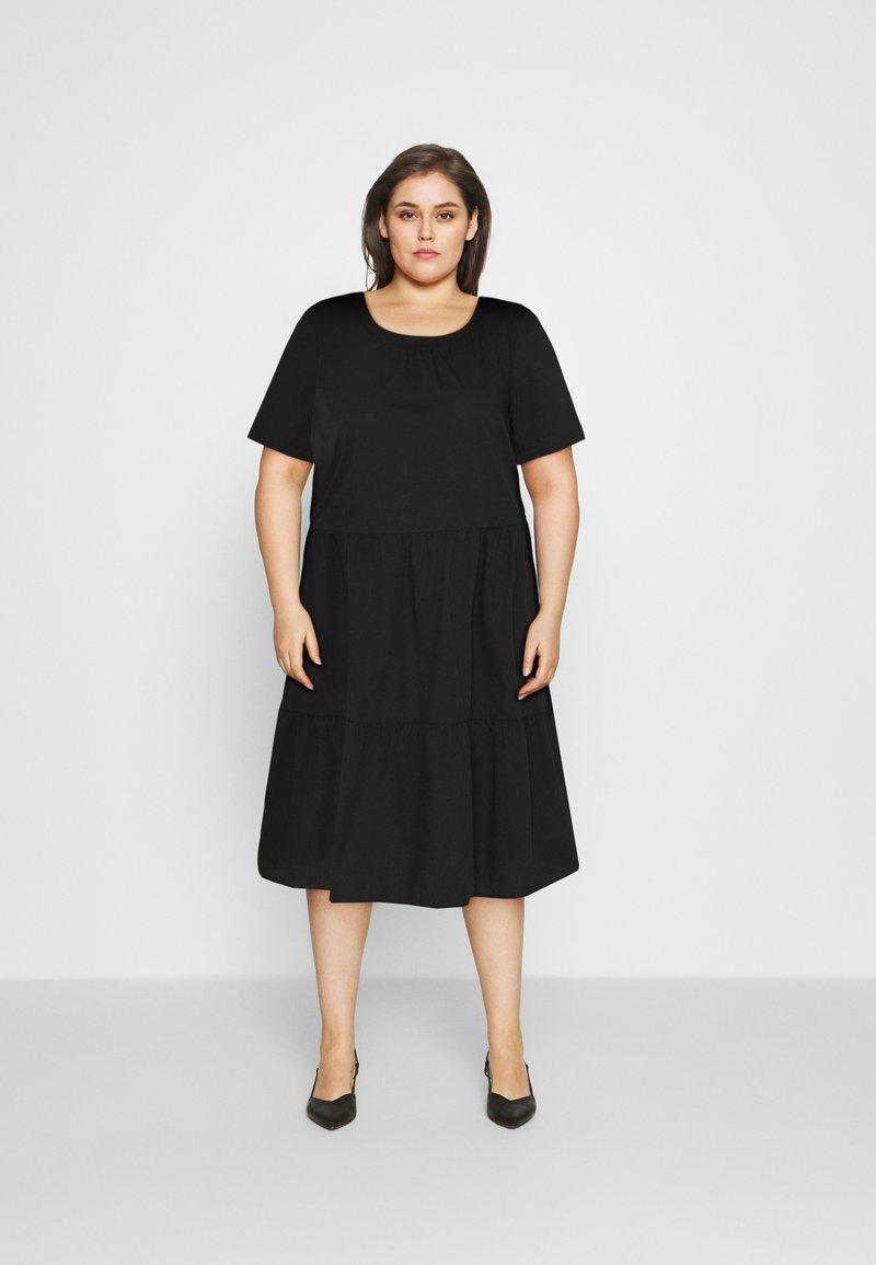 Vero Moda Curve - VMGULVA ABOVE KNEE DRESS - Day dress - black