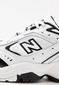 New Balance - WX452 - Baskets basses - white/black - 2