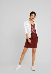 Kaffe - PENNY SKIRT - Pencil skirt - cherry mahogany - 1