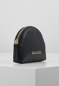Valentino Bags - SUPERMAN - Wash bag - black - 4