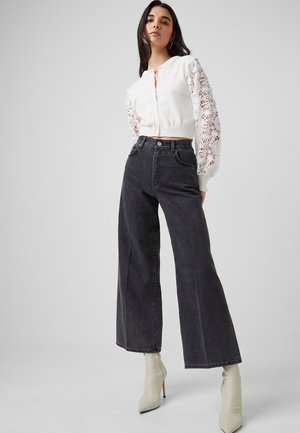 PIPER ORGANIC WIDE LG  - Flared Jeans - washed black