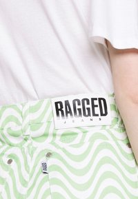 The Ragged Priest - PRISM - Straight leg jeans - lime/white - 4