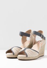 mtng - NEW PALMER - Sandály na vysokém podpatku - natural - 4