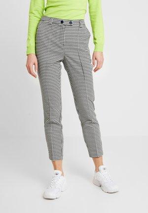 VMMAISELMA PANT - Trousers - birch/black
