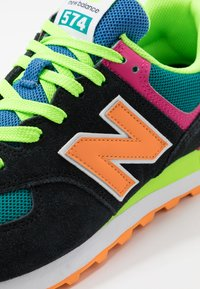 New Balance - ML574 - Trainers - black - 5