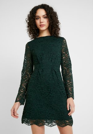 EXCLUSIVE LUCY DRESS - Cocktailkjole - pine grove