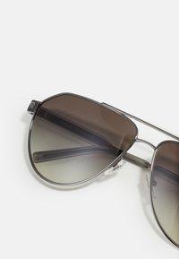 Versace - Sunglasses - transparent/grey - 3