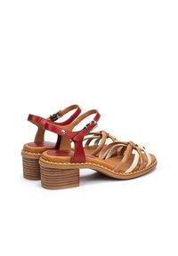 Pikolinos - Sandals - coral - 1