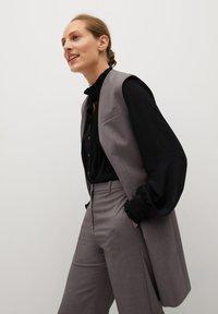 Mango - CACHITO - Button-down blouse - černá - 3