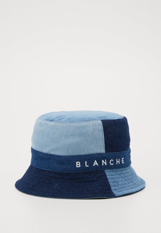 BUKET PATCH - Chapeau - vintage blue