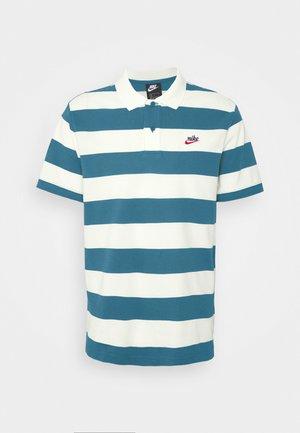 STRIPE - Koszulka polo - ash green/sail